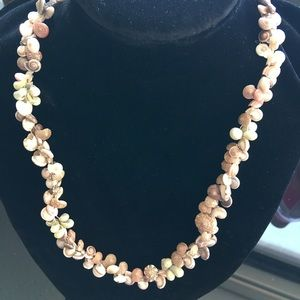 Beach pink shell necklace